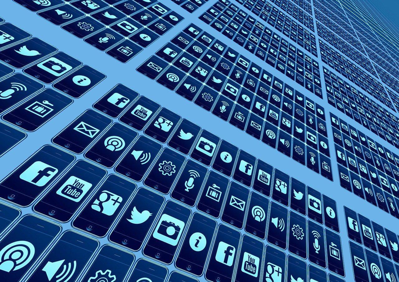 Rapporto sulla trasparenza: Twitter si mostra al mondo senza filtri